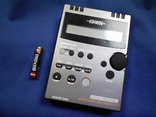 カメラ・レンズ・用品関連/番外編 ローランド(EDIROL) WAVE/MP3 レコーダR−1
