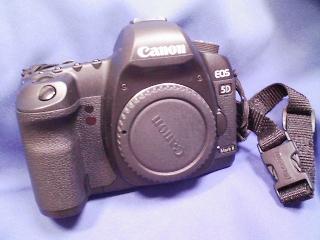 カメラ・レンズ・用品関連 / キャノンフルサイズデジタル EOS5D MK2