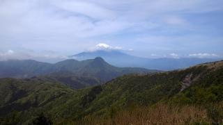 箱根の山、道了尊ー明神ヶ岳ー明星ヶ岳ー塔の峰ー塔之沢、明神ヶ岳山頂から富士山