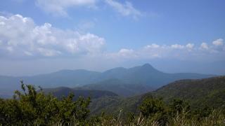 箱根の山、道了尊ー明神ヶ岳ー火打石岳ーうぐいす茶屋ー仙石バス停 その3 明神ヶ岳頂上