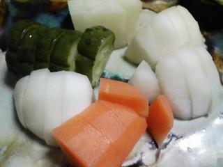 本日の晩ご飯の写真 シメサバ寿司、吸い物など
