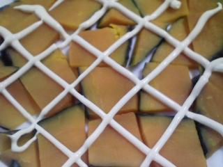 本日の朝ご飯のおかずの写真 宮城産真イワシの塩焼き、煮干し出汁の味噌汁など