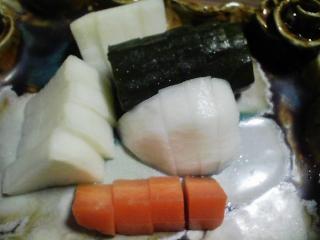 本日の晩ご飯のおかずの写真 青森産メバルの煮付け、サヨリ出汁の吸い物など