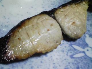 本日の晩ご飯のおかずの写真 神奈川の横須賀産コノシロの自家製酢漬け、自家製香の物など