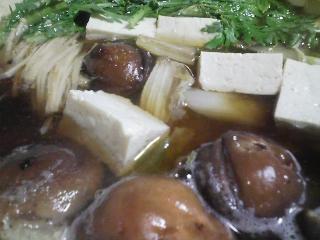 本日の晩ご飯の写真 神奈川の横須賀産青アジの自家製酢漬けの寿司、青アジ・真サバ出汁の野菜鍋など