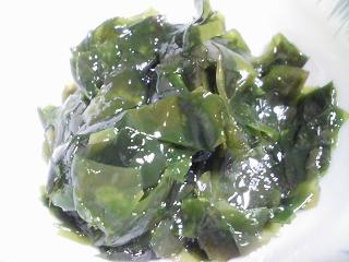 本日の晩ご飯の写真 神奈川の長井産真サバを使ったカレー、サラダなど