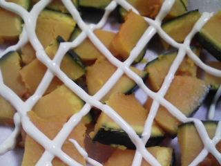 本日の朝ご飯のおかずの写真 北海道産銚子加工サンマの干物、コノシロの白子の塩焼き、煮干し出汁の味噌汁など