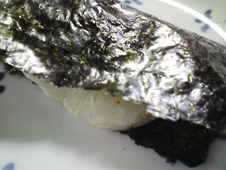 本日のお昼ご飯の写真 磯部焼き、青大豆のきな粉餅など
