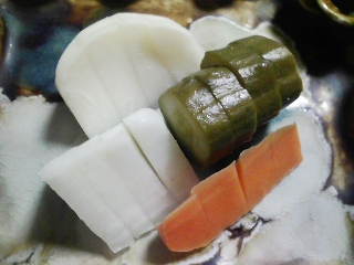 本日の晩ご飯のおかずの写真 神奈川の三浦産カワハギの塩焼き、なす味噌炒めなど