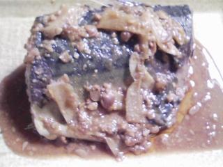 本日の晩ご飯のおかずの写真 千葉産真サバの塩焼き、けんちん汁など