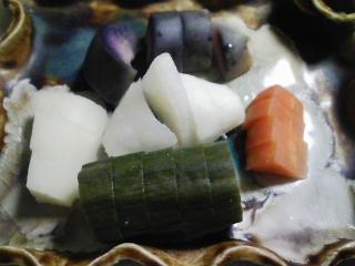 本日の晩ご飯の写真 シメサバ寿司、ヌタなど