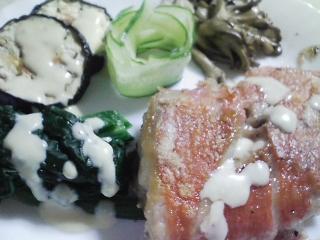 本日の晩ご飯のおかずの写真 神奈川の三浦産金目鯛のソテー、サラダなど