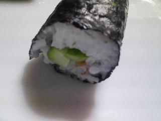 本日の晩ご飯のおかずの写真 神奈川の横須賀産コノシロの自家漬け酢漬け、サラダなど