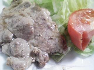 本日のお昼ご飯の写真 明太子のスパゲッティ(イタリア ディチェコ カッペリーニ0.9mm)、豚肉の塩胡椒焼き