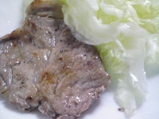 本日のお昼ご飯の写真 ホットケーキ、豚肉の塩胡椒焼き