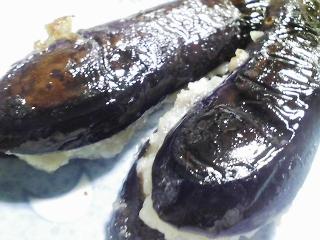 本日の晩ご飯のおかずの写真 千葉産ゴマサバの塩焼き、サラダなど