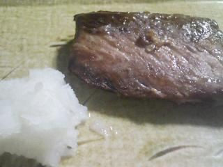 本日の晩ご飯のおかずの写真 宮城産天然ブリの塩焼き、焼きなすなど
