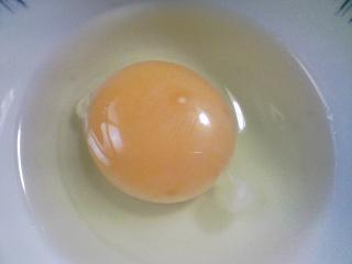 本日の朝ご飯のおかずの写真 千葉産真イワシの丸干し、アジ出汁の味噌汁など