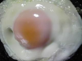 本日の朝ご飯のおかずの写真 北海道産サンマの開き、煮干し出汁の味噌汁など