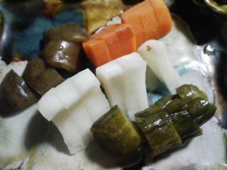 本日の晩ご飯のおかずの写真 奄美大島産本マグロのカマの塩焼き、マーボ豆腐など