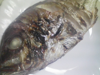 本日の晩ご飯のおかずの写真 宮城産花鯛の塩焼き、カボチャのスープなど