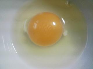 本日の朝ご飯のおかずの写真 千葉産アジの開き、アジ出汁の味噌汁など