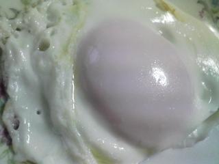 本日の朝ご飯のおかずの写真 神奈川の三崎産真アジの塩焼き、煮干し出汁の味噌汁など