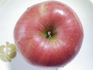 おやつ 青森産リンゴ紅玉で焼きリンゴ