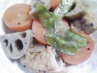 本日の朝ご飯のおかずの写真 北海道産真イワシの煮付け、煮干し出汁の味噌汁など