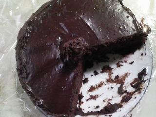 おやつ 自家製ココアケーキ、アーマッドティーの紅茶アールグレイ