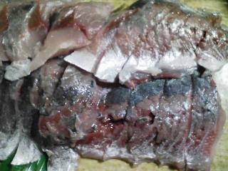 本日の晩ご飯のおかずの写真 神奈川の横須賀産青アジの刺身、アジ出汁の味噌汁など