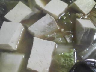 本日の晩ご飯のおかずの写真 北海道産アンコウの鍋、香の物(三浦大根の葉とショウガのミックス、カブ、人参)