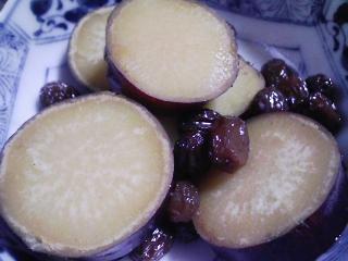 本日の朝ご飯のおかずの写真 北海道産サンマの開き、煮干し出汁八丁味噌の味噌汁など