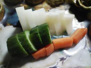 本日の晩ご飯のおかずの写真 愛知産真鯛の刺身、三浦大根のあんかけなど