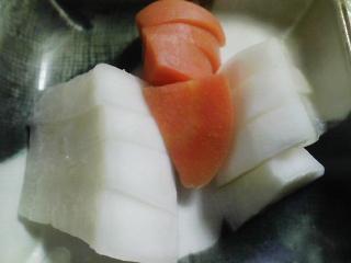 本日の晩ご飯のおかずの写真 長崎産カワハギの塩焼き(肝あり)、三浦大根のあんかけなど